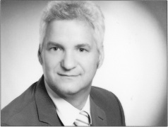 Portrait-Foto- Dr. Michael Scheuber, orthopedist and general practitioner